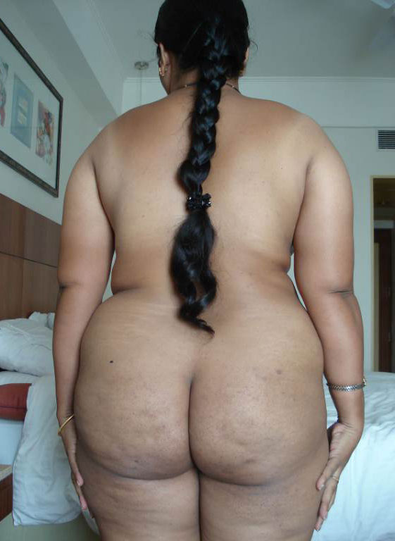 Chubby indian wife ass
