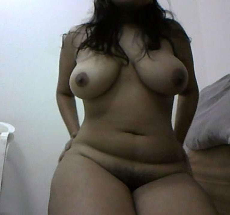 curvy nude indian babes