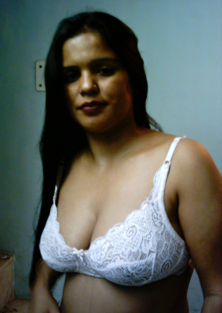 image Horny bhabhi with young lover nude at home mm