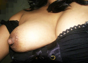 desi hottie nude boobs