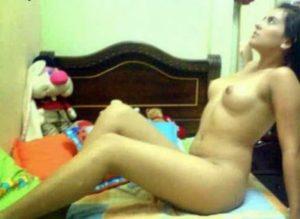 full nude gorgeous teen babe