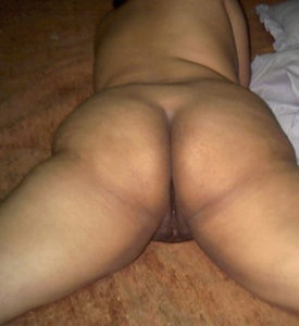 hot babe nude ass