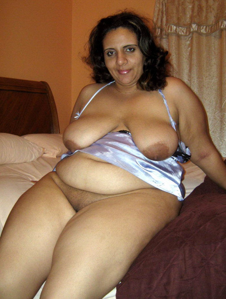 Selena gomez leaked photos topless