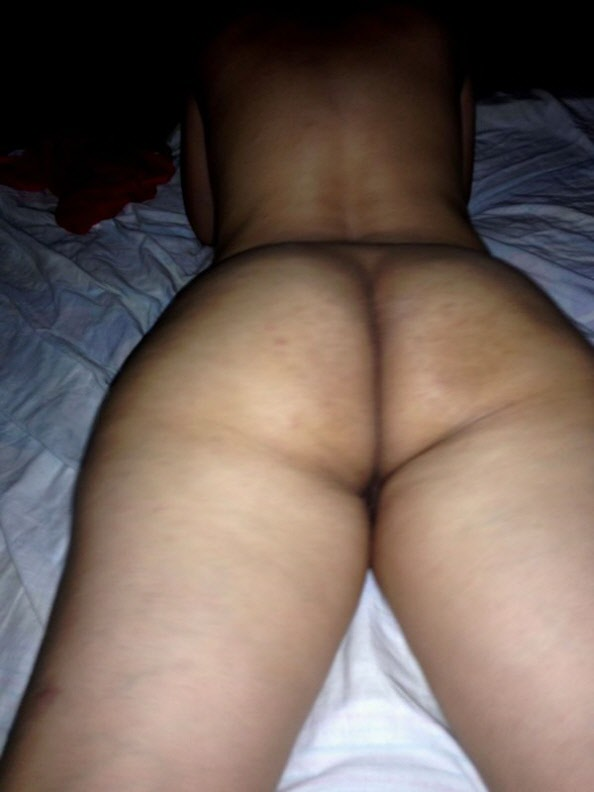 desi nude bum photo