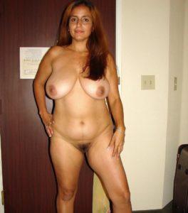 nude hottie big boobs