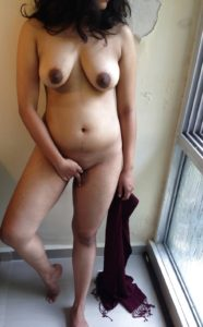 shaved twat busty babe