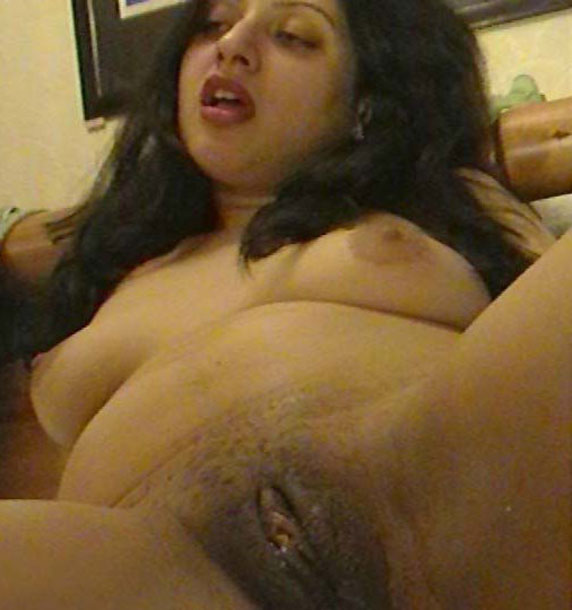 indian busty nude girls
