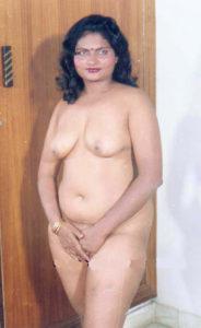 chubby babe full nude
