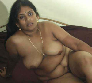 chubby hottie full nude