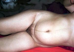 chubby babe nude pussy