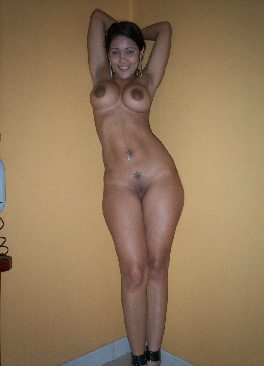 Attractive Big Tits Desi Indian Babes Amateur XXX Photos