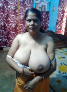 huge tits desi aunty