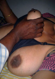 nude boobs horny babe