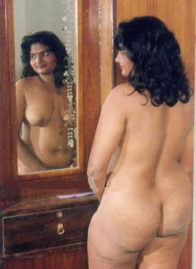 sexy ass nude babe