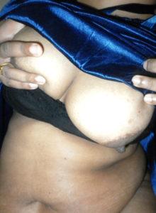 busty desi babe nude