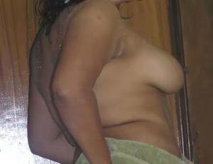 chubby babe nude boobs