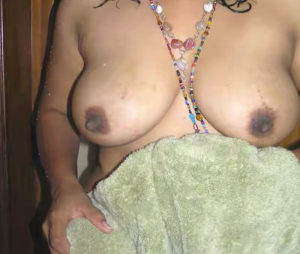 chubby big tits hottie