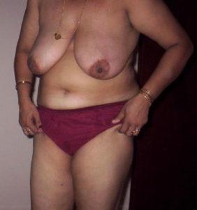 chubby desi babe nude