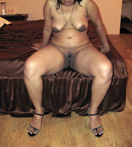 curvy indian babe nude twat