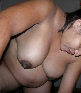 fat desi babe nude tits
