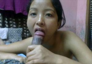 horny babe getting kinky