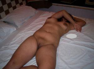 horny desi babe full nude