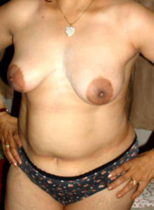 hot babe small tits