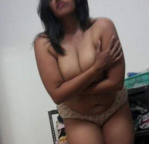 huge tits horny babe
