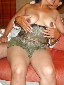kinky nude tits indian babe