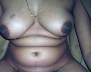 nude boobs chubby babe
