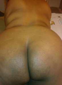 nude bum curvy indian babe