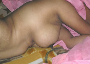 nude tits indian babe