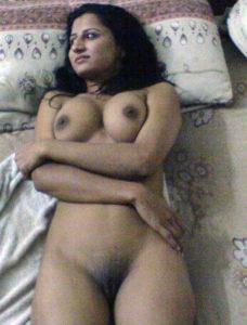 pretty hottie nude cunt