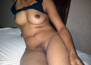 sexy desi chick nude