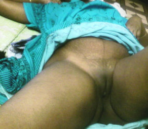 shaved pussy desi babe
