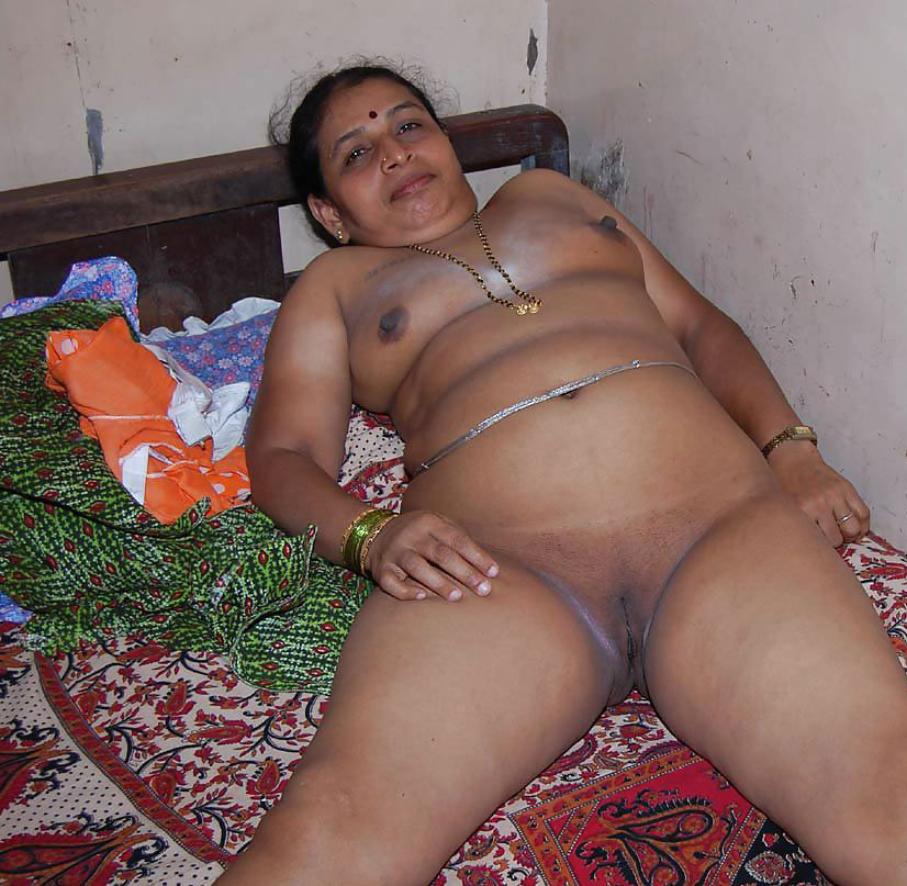 Pictures of nude indian women