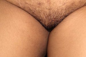 curvy babe nude pussy