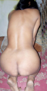 curvy indian babe nude bum
