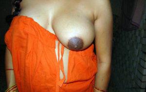 desi hottie huge boobs
