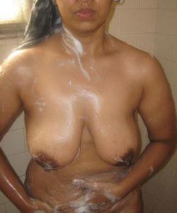 horny hottie taking bath