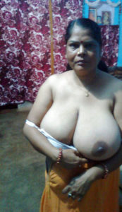 huge boobs nude desi woman