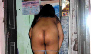 nude ass horny babe