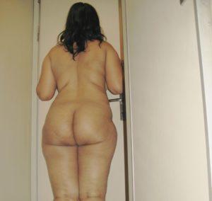 nude bum horny babe