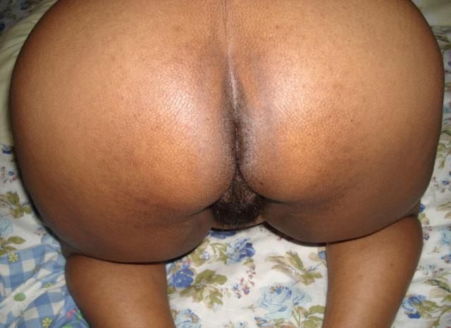 aunty hips pics