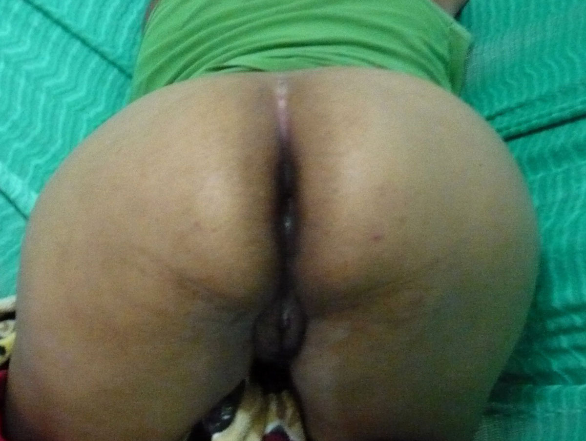 Hot desi wife with rough delhi bull on table hubby recorded - 1 1