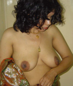 nude boobs indian bhabhi