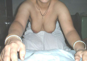 nude boobs indian desi aunty