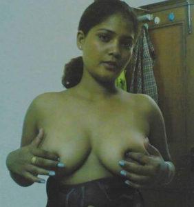 nude hot boobs bhabhi pic