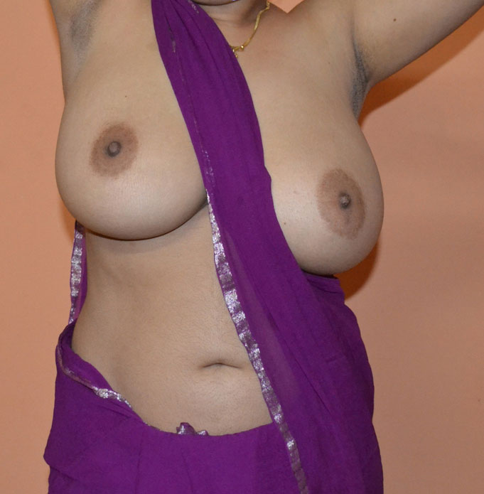 naked woman with dd tits