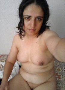hot desi bhabhi sexy tits photos